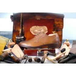 Scarpe in pelle colore cuoio spazzolato