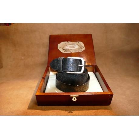 Cintura nera con efetto retile