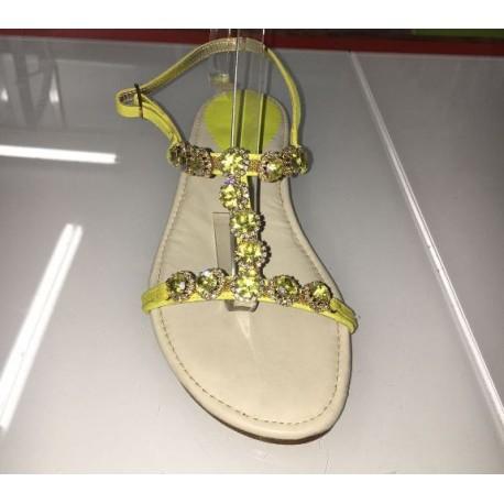 Sandali in pelle colore giallo
