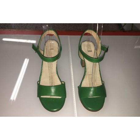 Sandali eleganti a fascetta
