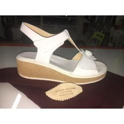 Sandali in colore bianco